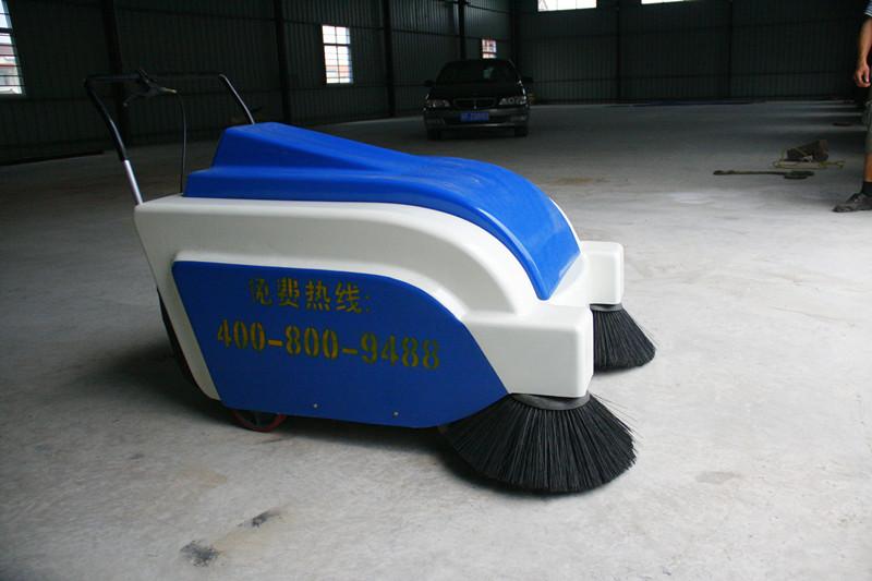 LW-110自动行走环保扫地车环卫扫地车